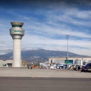 Аэропорт Эквадора планирует возобновить работу с 1 июня