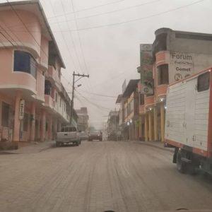 В Эквадоре извержение вулкана САНГАЙ. Большой выброс пепла.